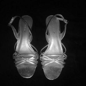 1 1/2 Inch Silver Heels